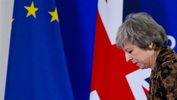 May wacht megaverlies na afwijzen stemming brexit-amendement