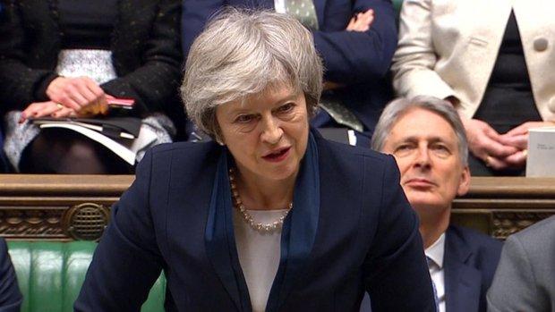 Nederlaag voor May: meerderheid parlement stemt tegen brexitdeal