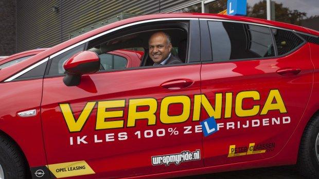 Rijschool zet in op elektrische auto's: 'Zo leer je ook beter ...