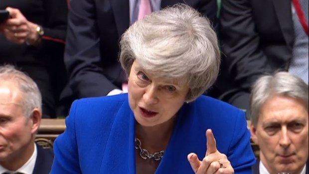 May wil brexit-uitstel tot 30 juni, moet dan meedoen aan EU-verkiezingen