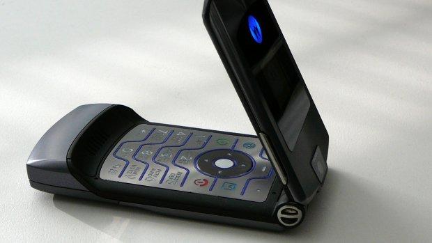 Motorola bevestigt komst van vouwtelefoon, mogelijk Razr