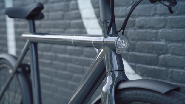 Bright Stuff: VanMoof Electrified S2