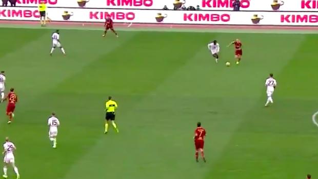 Karsdorp met een fantastisch aandeel bij aanval AS Roma