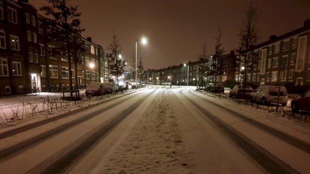 Sneeuw op komst: files, minder treinen en vertraagde vluchten