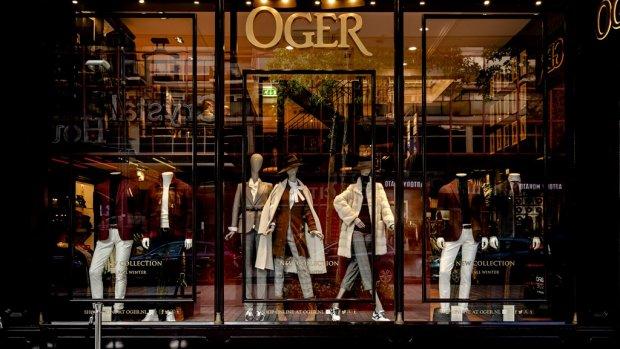 Ten onrechte ontslagen verkoper claimt 3 ton van modehuis Oger
