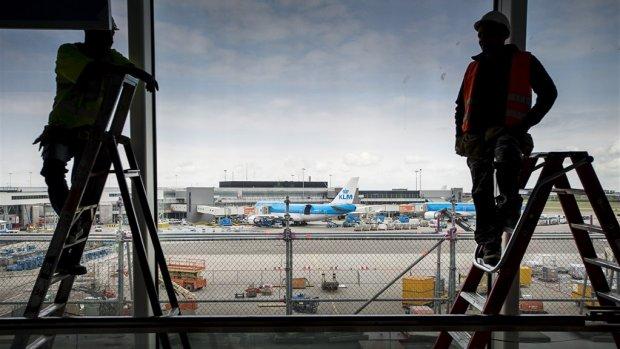 Nederlandse bouwers mogen Schiphol renoveren