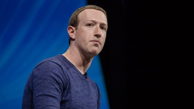 Zuckerberg: communicatie gaat van publiek naar privé