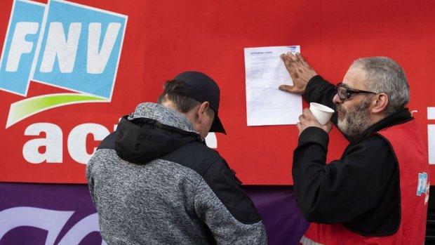 'FNV onder de grens van 1 miljoen leden'