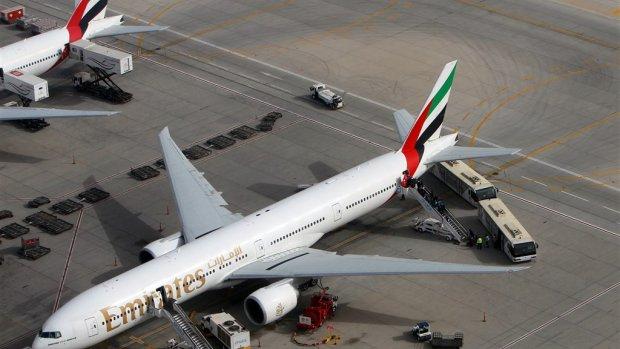Vliegverkeer Dubai getroffen door drone-alarm