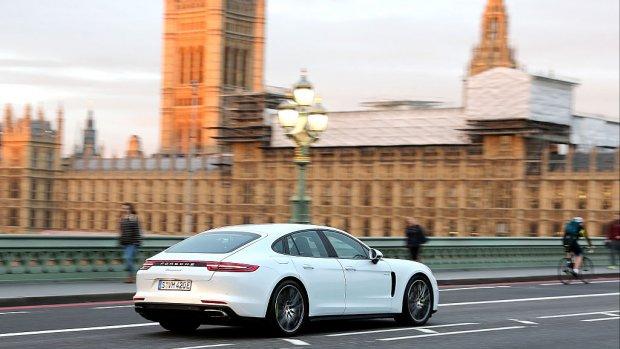 Porsche waarschuwt voor prijsstijging bij harde brexit