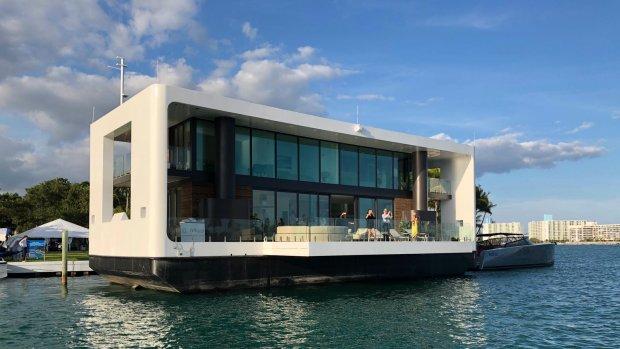 Nederlander bouwt luxe, stormbestendige watervilla's