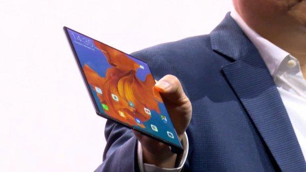 Huawei toont opvouwbare smartphone met 5G
