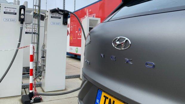 Review: deze auto rijdt op waterstof maar hoe groen is dat?