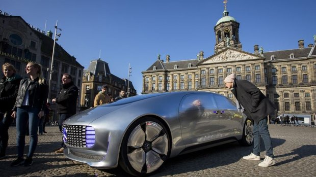 BMW en Daimler werken samen aan zelfrijdende auto's