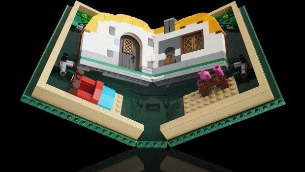 Lego steekt de draak met opvouwbare telefoons
