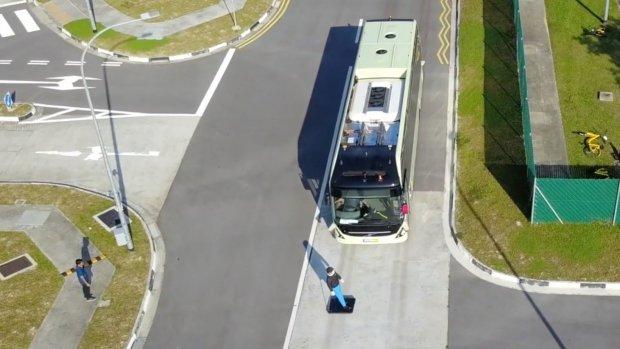Volvo test 'eerste zelfrijdende elektrische touringcar'