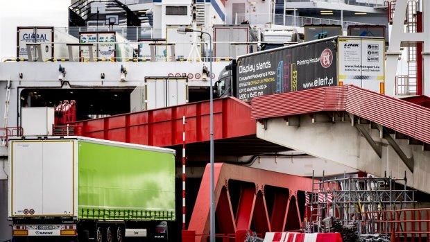 Extra parkeerplaatsen rond haven Rotterdam om harde brexit op te vangen