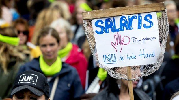 PvdA wil half miljard extra voor onderwijs: 'Gigantisch probleem'