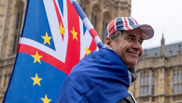 Goedkeuring voor May's brexitdeal lijkt weer verder weg