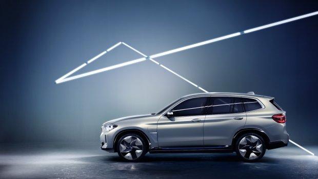 BMW komt met kleine elektrische SUV: iX3