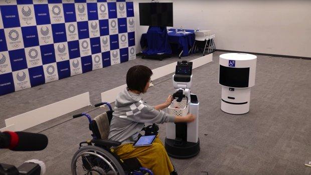 Robots bezorgen drankjes bij Olympische Spelen van Tokio