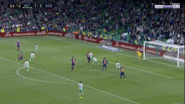 Ongelofelijke goal: Messi is niet van deze wereld!
