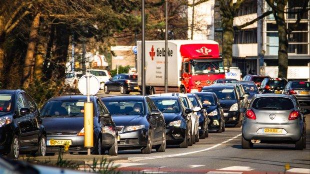 Drukte bij taxibedrijven door staking: 'Moeten nee verkopen'