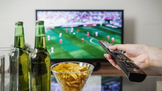Dit zijn de 5 grootste irritaties tijdens het voetbal kijken