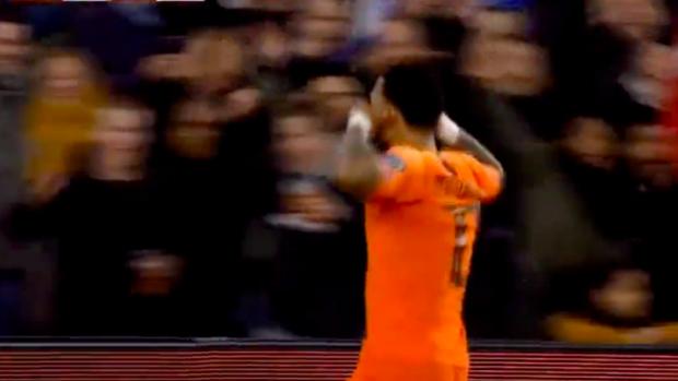 Bliksemstart voor Oranje: Memphis scoort al na vijftig seconden