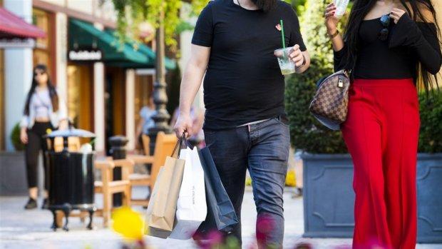 De prijzen stijgen harder dan de lonen: slecht voor de koopkracht