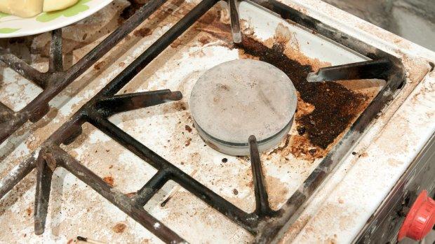Muizenurine en maden bij de barbecue: dit zagen inspecteurs bij vieze restaurants