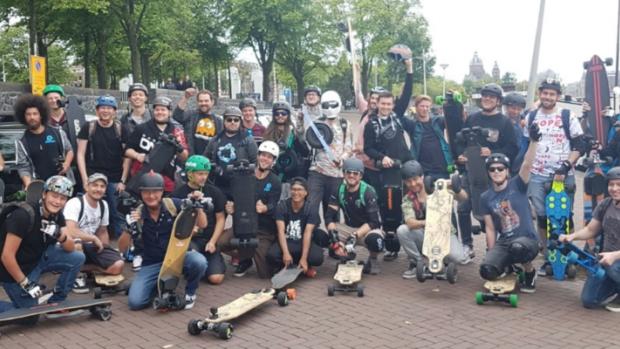 Petitie: sta elektrische stepjes op de openbare weg toe