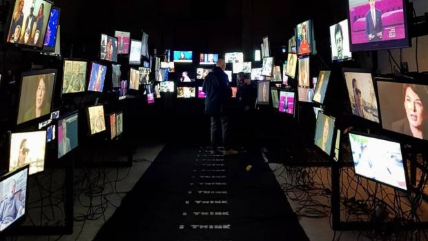 Maarten Baas verbaasde weer op designbeurs Milaan