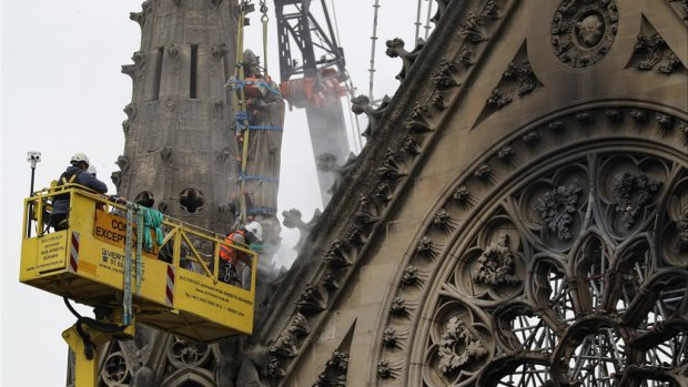 Regen vormt nieuwe bedreiging voor Notre-Dame