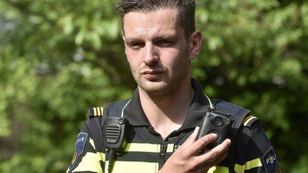 Agent veiliger door 'de-escalerende' bodycam