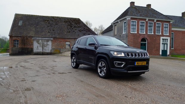 Duurtest Jeep Compass: blast from the past
