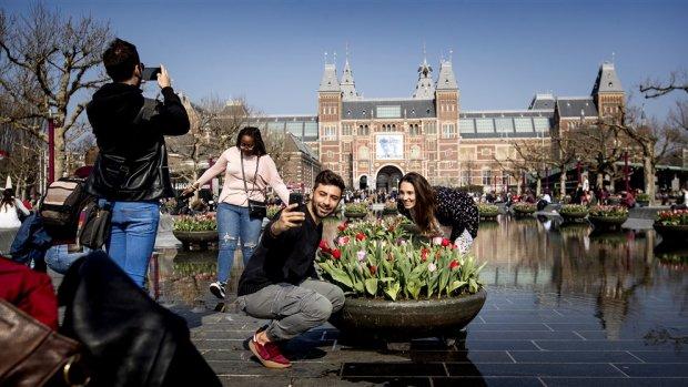 'Aantal Airbnb-overnachtingen in Amsterdam daalt voor het eerst'