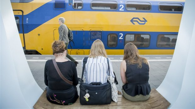 Staking aangekondigd bij NS en stadsvervoer in drie grote steden