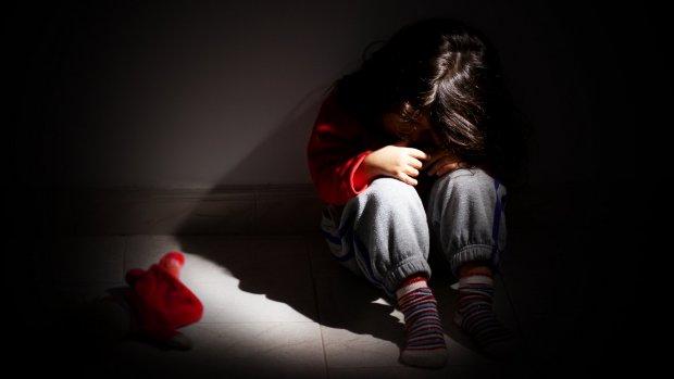 Misbruikbeelden 400 Nederlandse kinderen online gedeeld