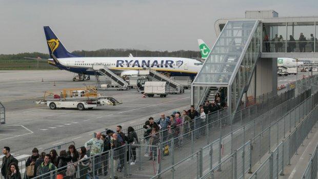'Eindhoven een van de slechtste vliegvelden ter wereld'