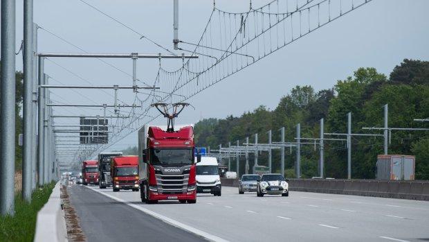 Duitse snelweg heeft bovenleiding voor elektrische vrachtwagens