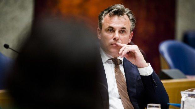 Staatssecretaris Harbers treedt af om misdaadcijfers asielzoekers