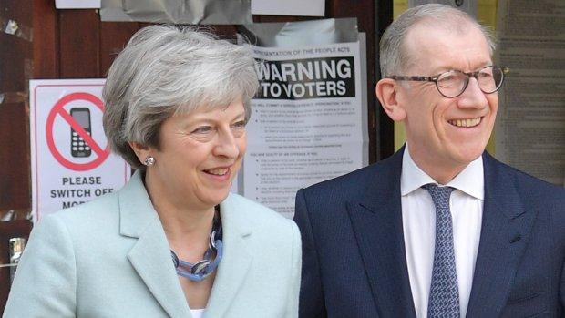 Britse premier May 'komt morgen met vertrekdatum'