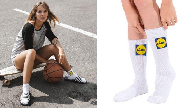 Lidl verkoopt sokken met eigen logo erop: 'Het is een statement'