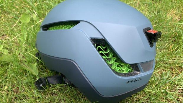 Getest: fietshelm met Wavecel voor op snelle e-bikes