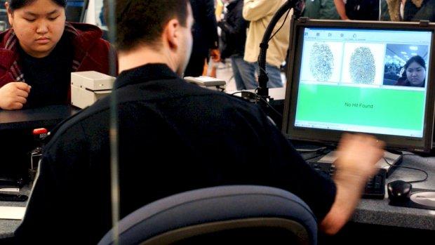Foto's van reizigers naar VS gestolen bij cyberaanval