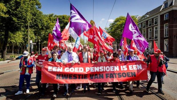 FNV-referendum van start | Happen naar Hollandse Nieuwe