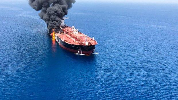 Nederlanders redden opvarenden tanker na explosie