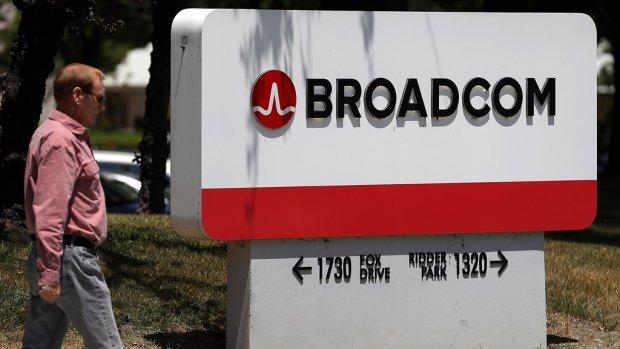 Omzetwaarschuwing Broadcom drukt koersen ASML, ASMI, Besi