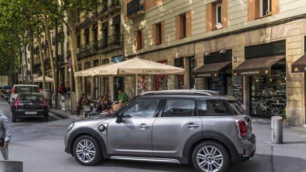 Elektrische Mini Cooper al 45.000 keer gereserveerd